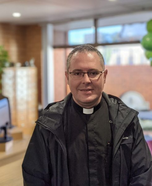 Rev Damian Jellett